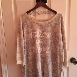 Floral FOLLOW YOUR DREAM pull over